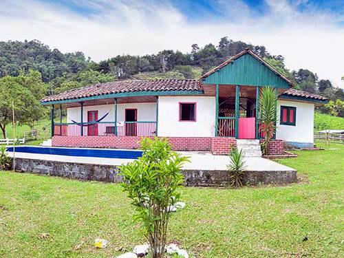 Hotel Cabañas El Manantial, Lago Calima, Colombia